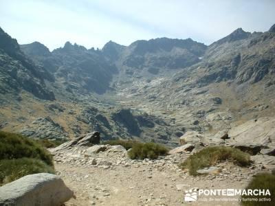 Laguna Grande de Gredos - Refugio Elola; excursiones sierra madrid; rutas senderismo sierra de madri